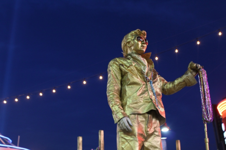 No touristy vacation is complete without a sighting of Elvis spray painted gold.