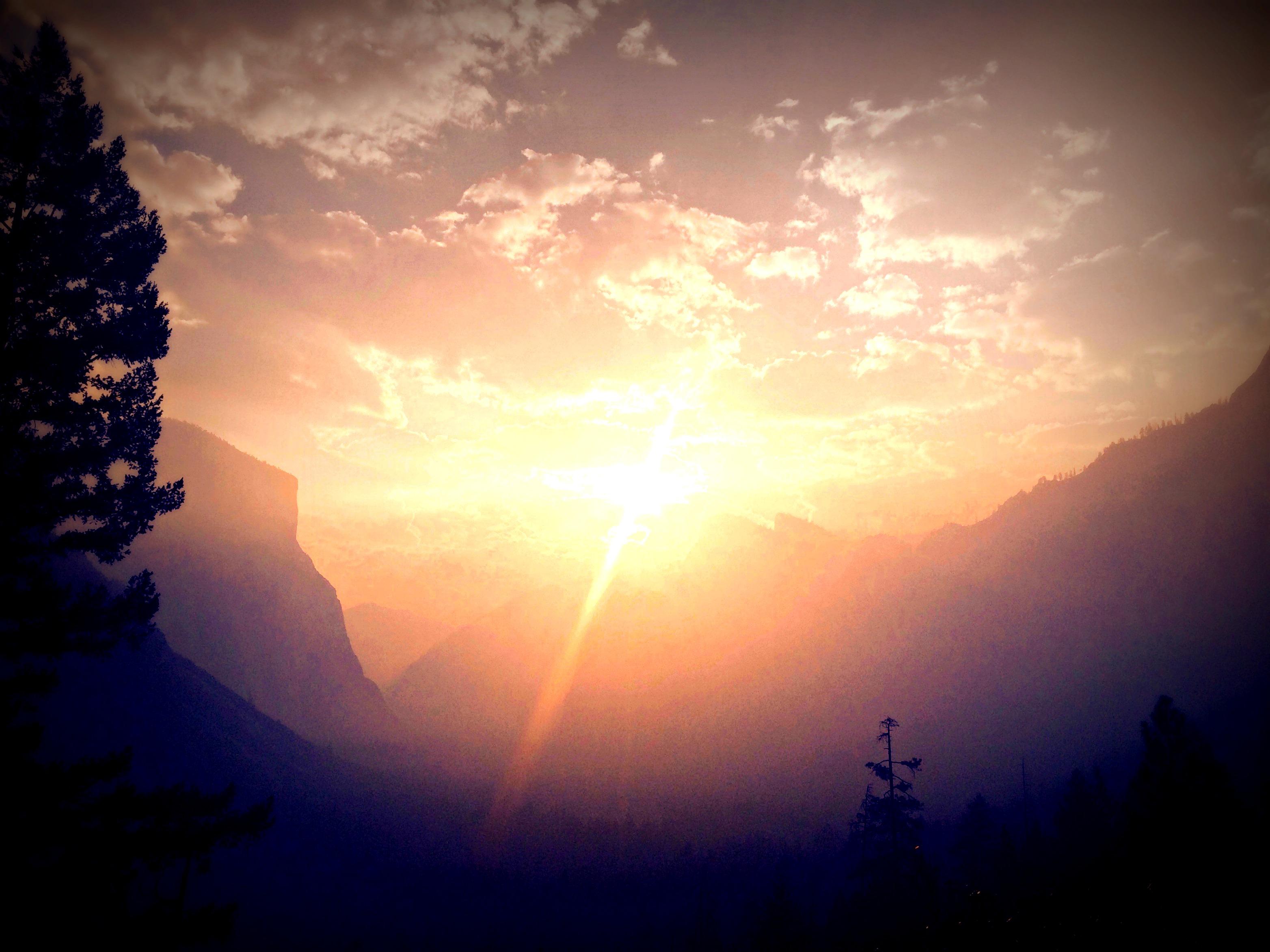 SunriseGlacierPoint_edited