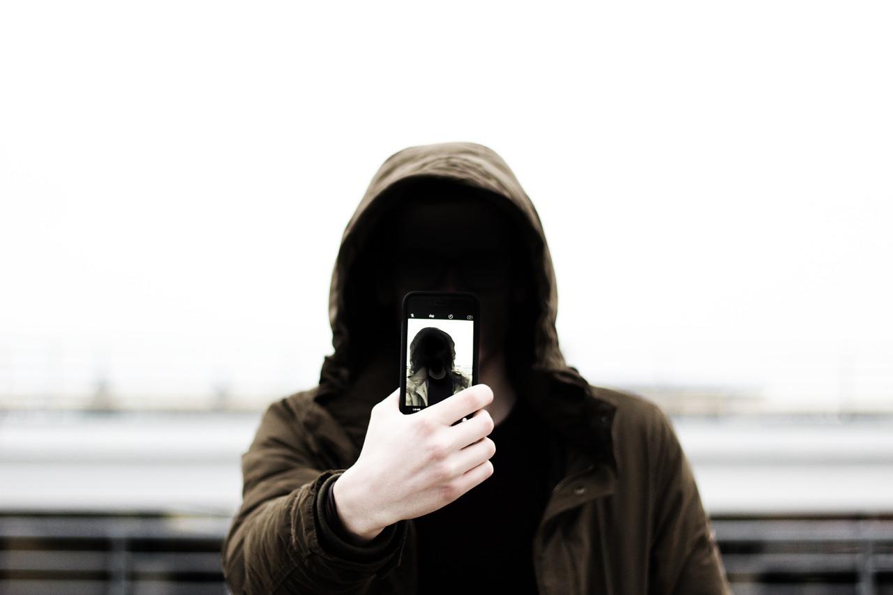 selfie-1209886_1280