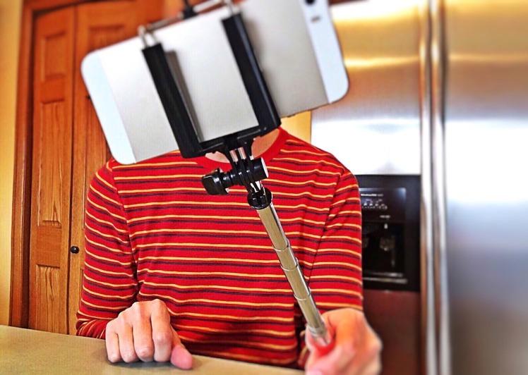 selfie-1323391_1280
